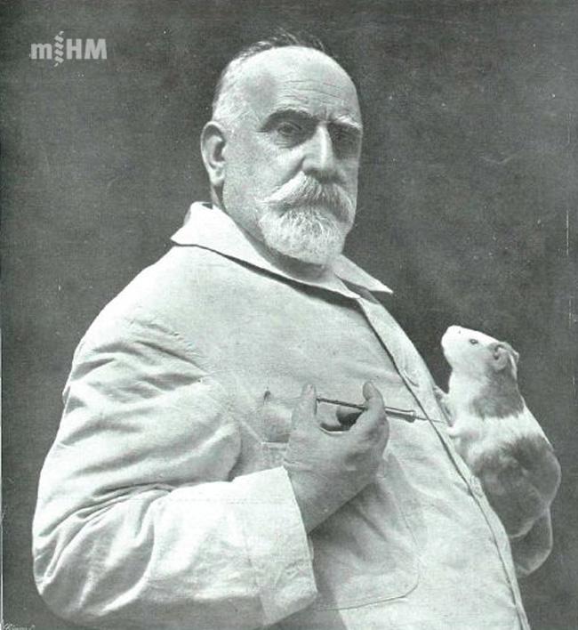 Retrat del Dr. Ferran al laboratori [ Museu d'Història de la Medicina de Catalunya (MHMC)]